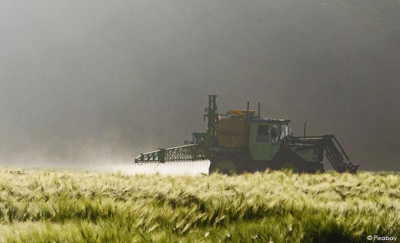 Epandage de pesticides